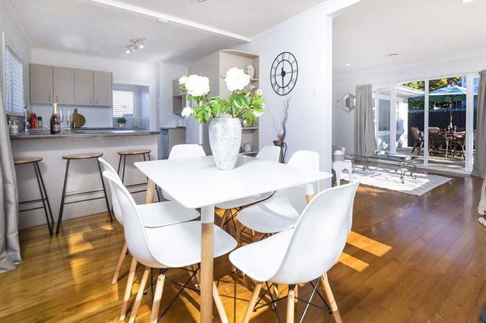 Auckland-Home-Staging-DiningSet-1